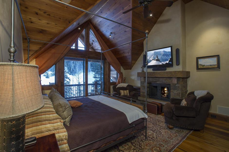 134 Master Bedroom - Mountain Retreat in Colorado