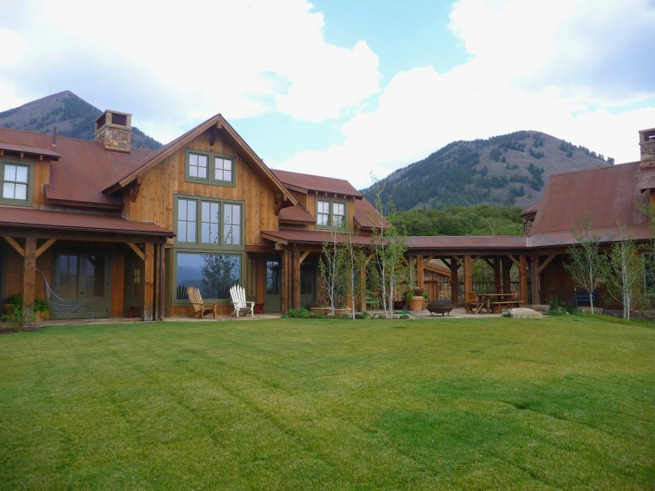 1GH Exterior Lawn - Stone and Timber Home in Colorado