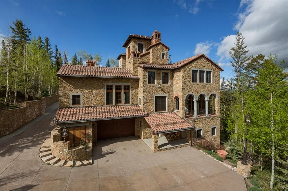 414 Italian Style Villa North Side - Mountain Residence in Colorado